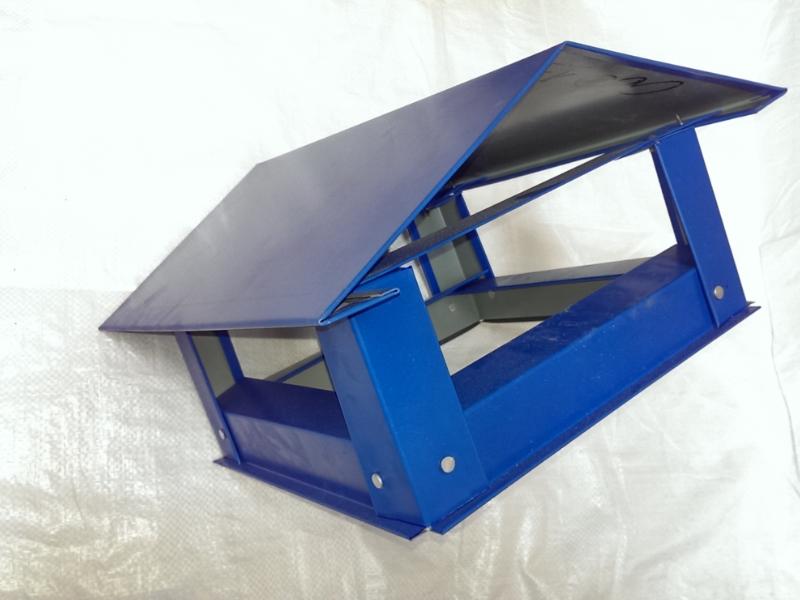 Capac triunghiular mic(d170) - albastru